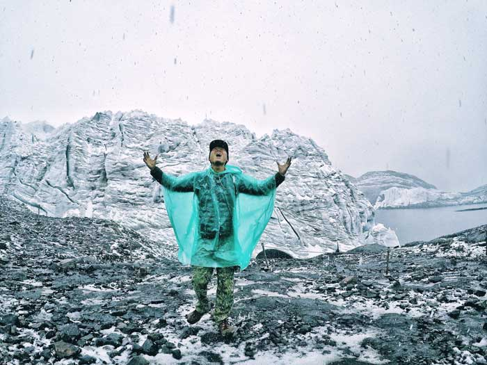 snow at pastoruri glacier