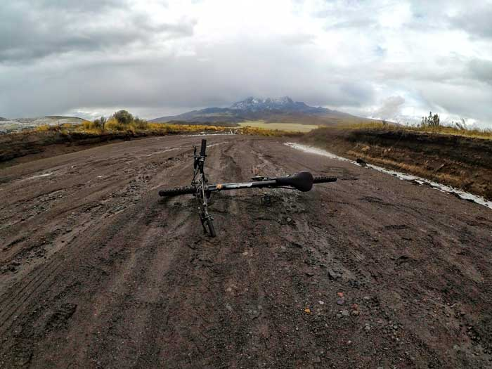 cycling-cotopaxi